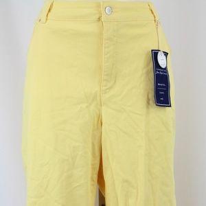 Charter Club Yellow Bristol Capri Pants Size 16W